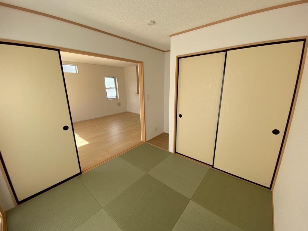 和室と繋がっていてお子様の遊び場としても最適!