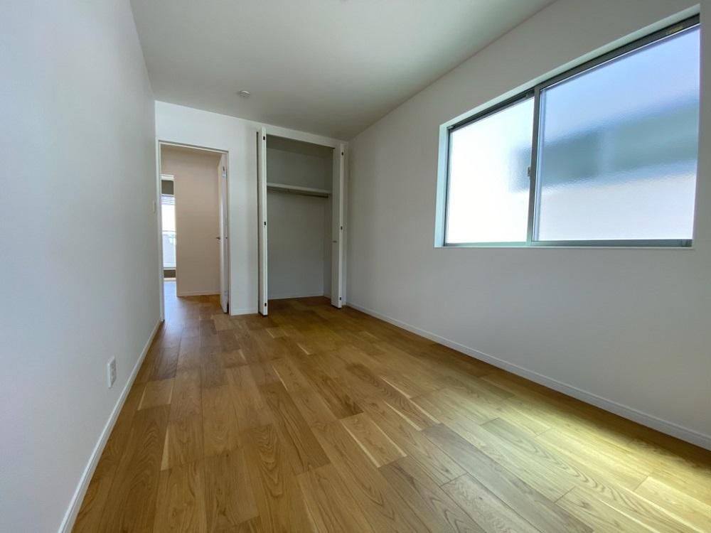 2階洋室6.8帖