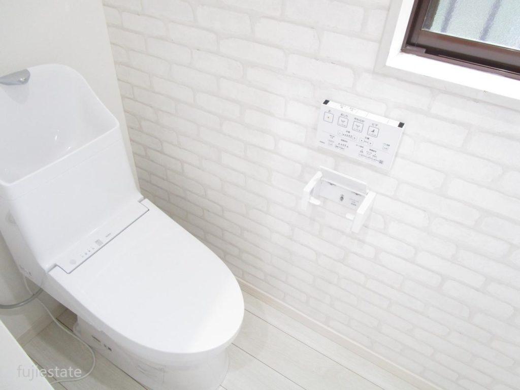 トイレも新品です!