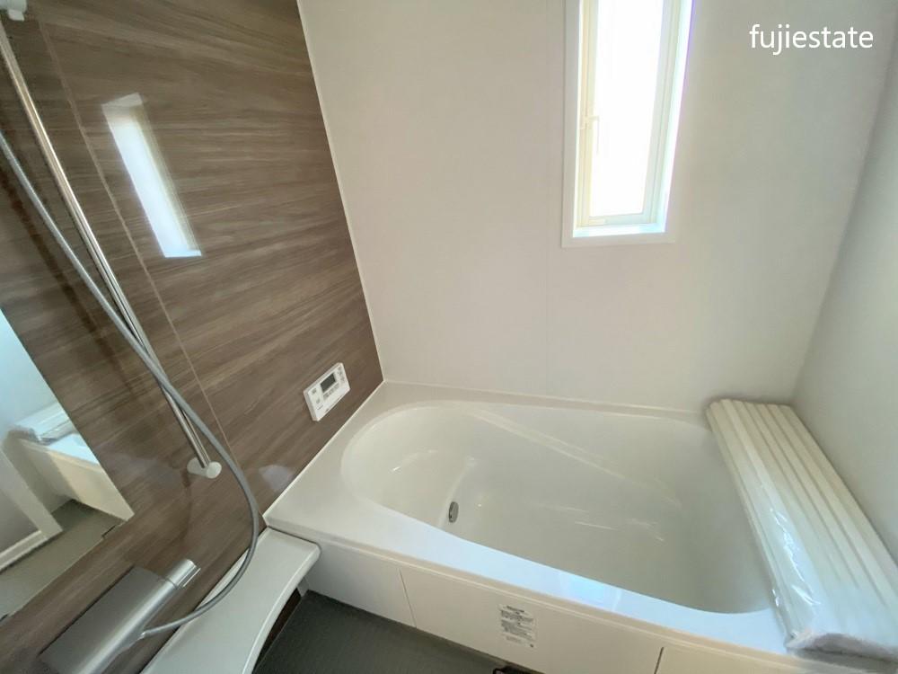 浴室*浴室乾燥機・追炊き機能付き