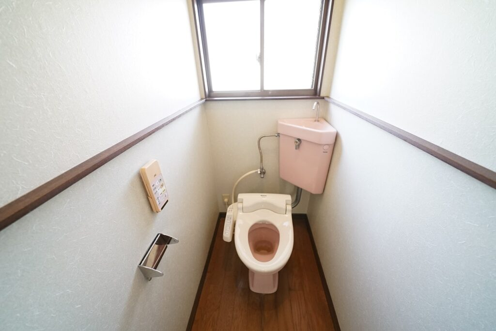 シャワートイレ