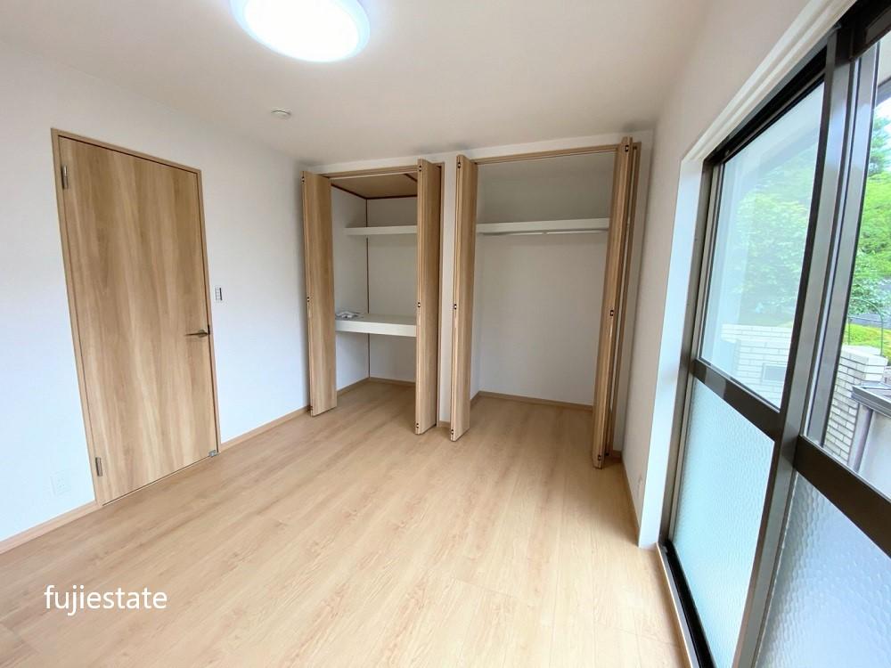 1階洋室約6.3帖