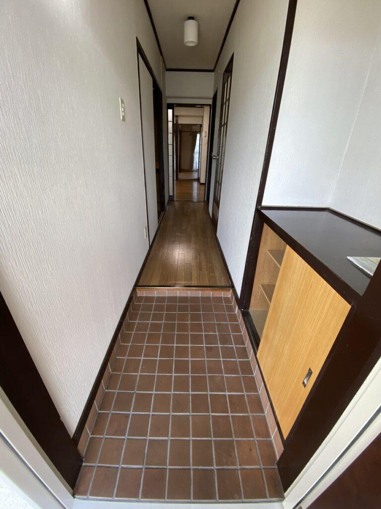 玄関&廊下